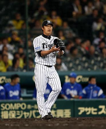 七回まで無失点の阪神・岩崎「八回も九回もいく気持ちで…」(5) 8回、DeNA・飛雄馬にタイムリ