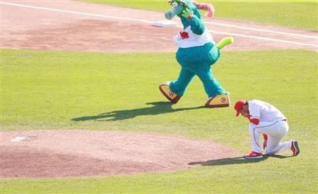 http://www.sanspo.com/baseball/images/20161105/car16110519120005-p2.jpg