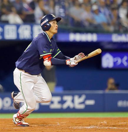 ヤクルト・小川監督、同点二塁打...