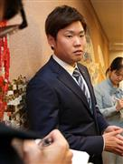 West explains the practice of FA right at the club office in Osaka city. Tiger attacks with urgency (Shooting · Mr. Miyazawa)