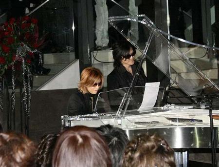 YOSHIKIイベント、TOSHIが生歌(1)