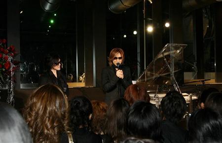 YOSHIKIイベント、TOSHIが生歌(4)