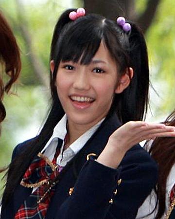 AKB48渡辺麻友 : かわいいツイン ... : ひつじ 無料 : 無料