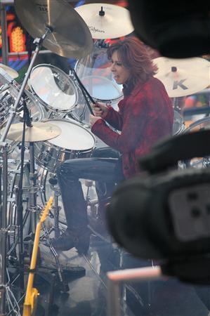 [X JAPAN] [Event] Todo sobre X japan en hollywood (9 de enero) Gnj1001120507008-p10