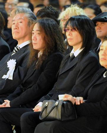葬儀 Hide
