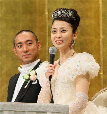 結婚式の小林麻央