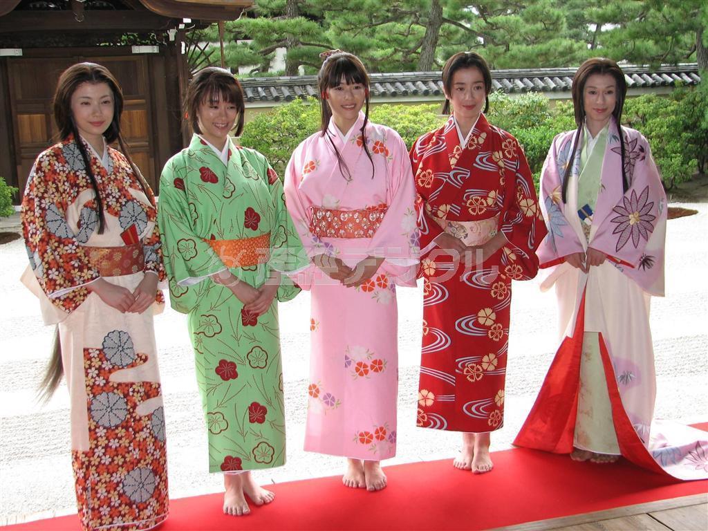 Gou Himetachi no Sengoku (江~姫たちの戦国) (2011)