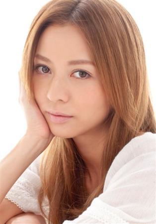 http://www.sanspo.com/geino/images/110830/gnj1108300506011-p1.jpg