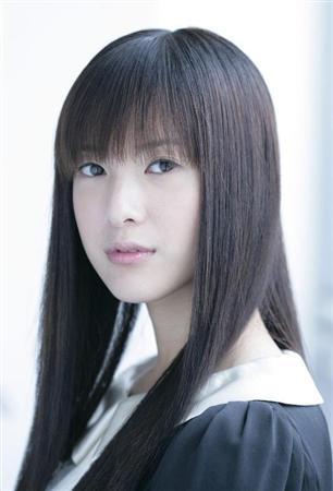http://www.sanspo.com/geino/images/110830/gnj1108300506011-p2.jpg