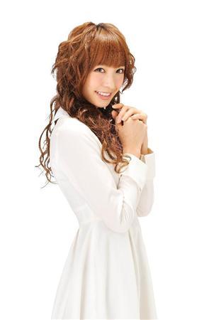 http://www.sanspo.com/geino/images/111114/gnj1111140505012-p2.jpg
