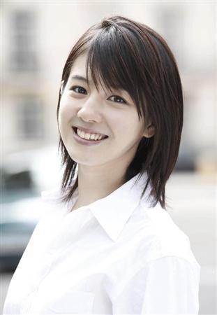 http://www.sanspo.com/geino/images/20121031/joh12103105040000-p4.jpg