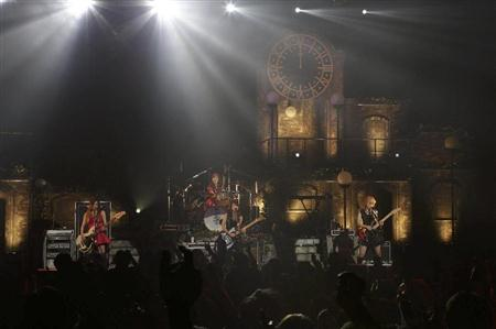 SCANDAL HALL TOUR 2012「Queens are trumps-Kirifuda wa Queen-」 - Page 2 Oth12112305030006-p3