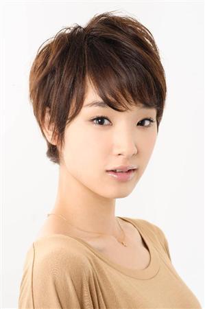 http://www.sanspo.com/geino/images/20121128/oth12112805040009-p4.jpg