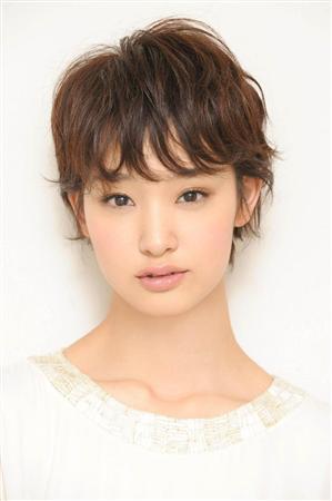 http://www.sanspo.com/geino/images/20121128/oth12112805040009-p5.jpg