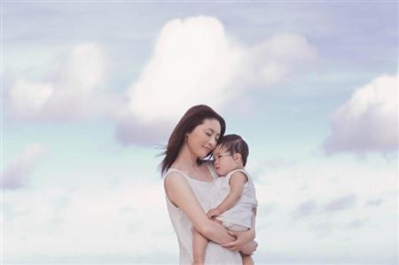 http://www.sanspo.com/geino/images/20121130/oth12113005040008-p1.jpg