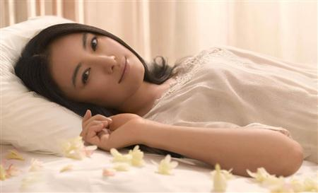 http://www.sanspo.com/geino/images/20121130/oth12113005170013-p1.jpg
