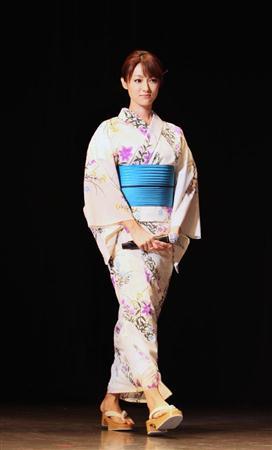 http://www.sanspo.com/geino/images/20130708/oth13070805030013-p7.jpg