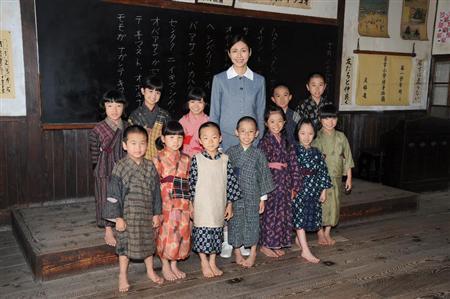 http://www.sanspo.com/geino/images/20130709/oth13070905060019-p4.jpg
