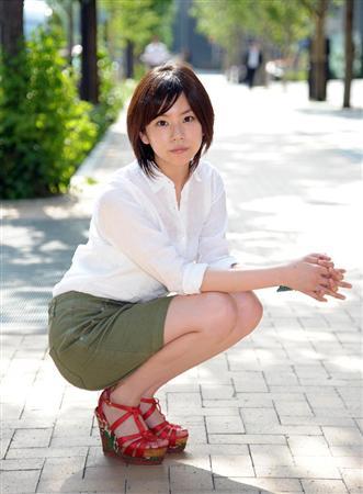 洋服が素敵な岡村麻純さん