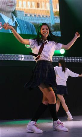 石井杏奈、劇中ダンス披露「E-girlsのコンサートより