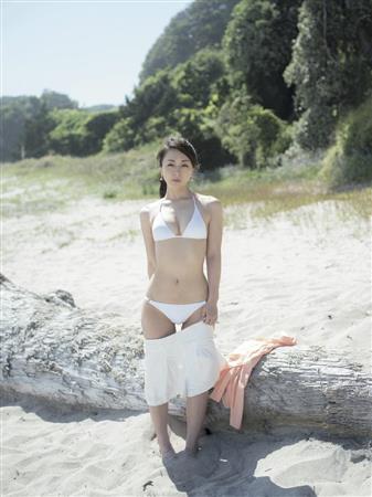 上田祥子さんのビキニ
