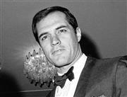 ジョン・ギャビン氏=1967年11月20日、ローマ(AP)