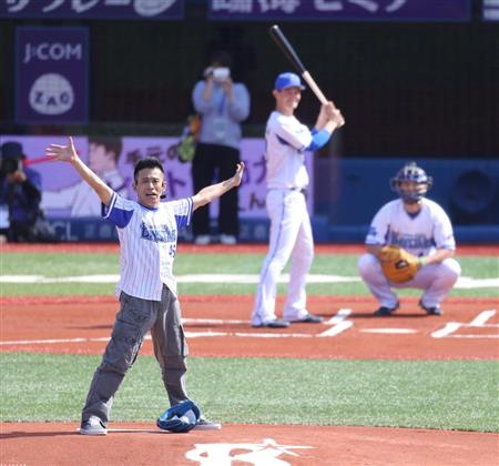 <最新写真追加>横浜スタジアムの増築・改修工事 …