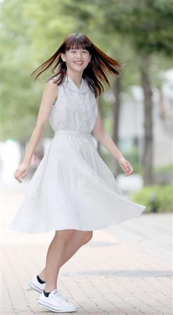 """""""モデル界の新星16歳""""出口夏希、スカウトから1年…人気急上昇"""