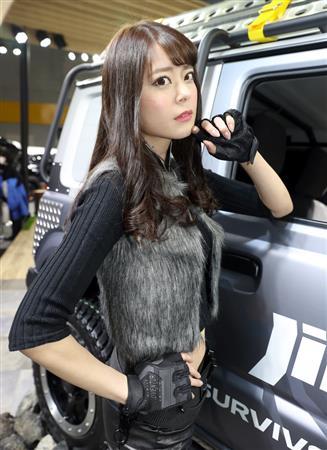 【週末レースクイーン(4)】透き通るような白い素肌が魅力の羽瀬萌(1)