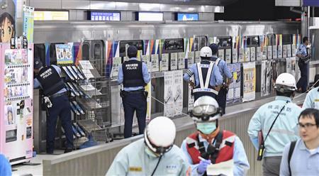 無人運転の車両逆走、15人重軽傷 横浜・シーサイドライン