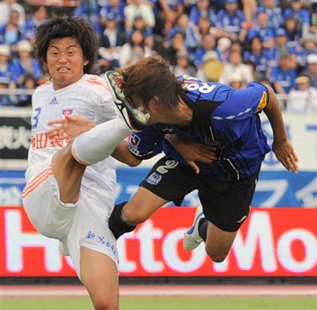 http://www.sanspo.com/soccer/images/090621/sca0906210504008-p1.jpg