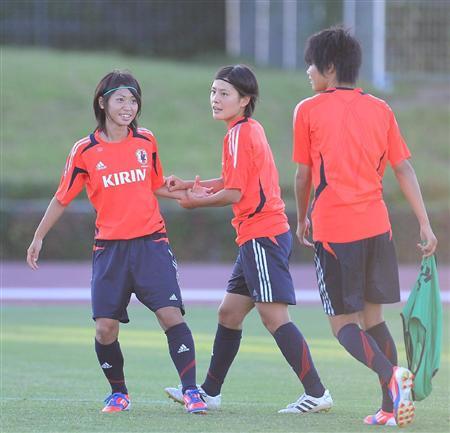 http://www.sanspo.com/soccer/images/20120825/jap12082505060000-p1.jpg