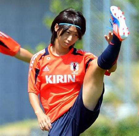 http://www.sanspo.com/soccer/images/20120825/jap12082505060000-p3.jpg