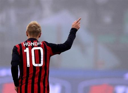 http://www.sanspo.com/soccer/images/20140116/ser14011614580013-p1.jpg