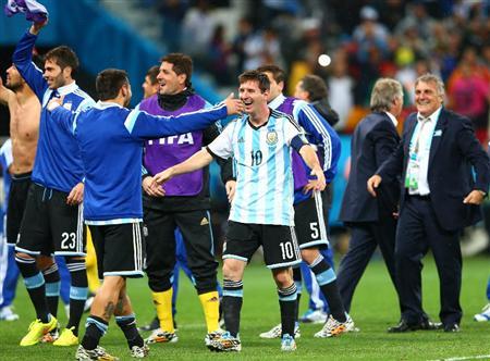 アルゼンチン・マスチェラーノ「言葉にできない」決勝進出を喜ぶ(6) PK戦の末決勝進出を決め、仲