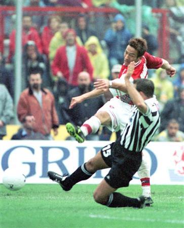 https://www.sanspo.com/soccer/images/20141021/ser14102105050001-p10.jpg