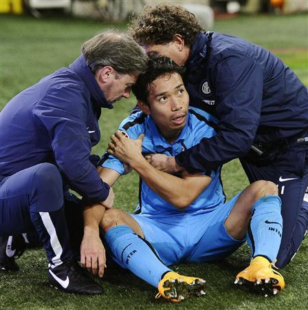「肩の痛み サッカー」の画像検索結果
