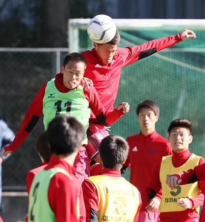 流通経大柏、DF関川誓う史上4校目無失点V!/高校サッカー(1)