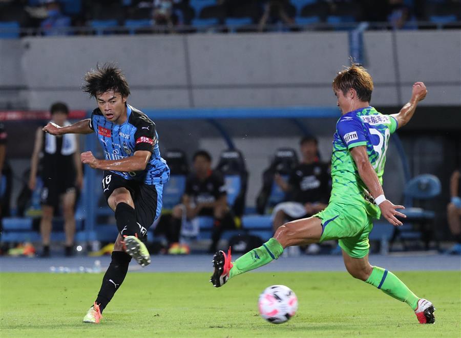 川崎・三笘、プロ初ゴールが決勝点「狙い通りのゴールでした」川崎・三笘、プロ初ゴールが決勝点「狙い通りのゴールでした」