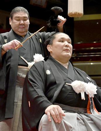 元関脇朝赤龍が引退相撲 断髪式では白鵬らがはさみ - SANSPO.COM ...