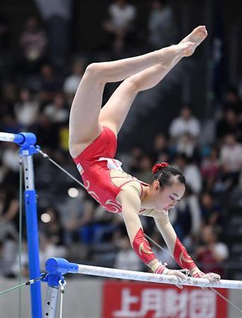 田中、2種目でトップ通過 内村は鉄棒落下で予選落ち/体操