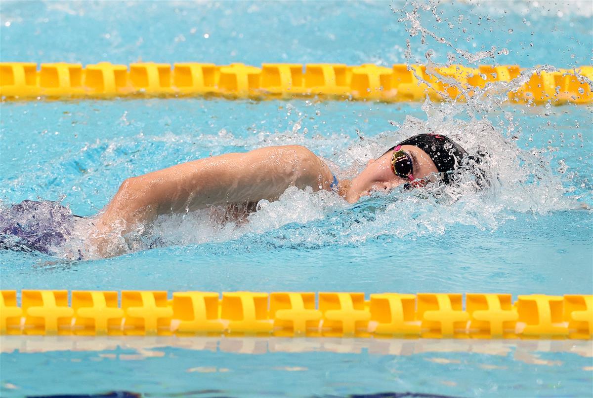 競泳女子400メートルリレー予選 日大の第3泳者で…|池江璃花子 ...