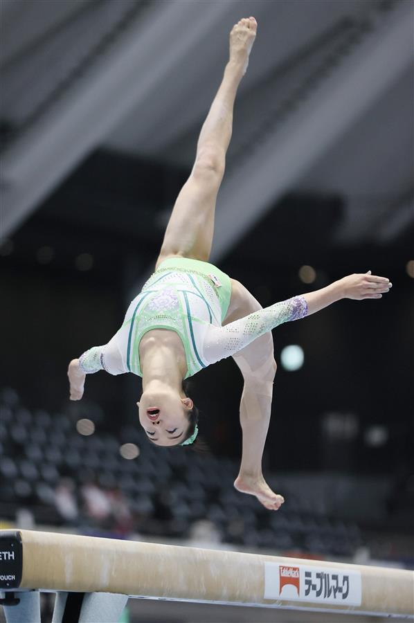 個人総合は村上茉愛が首位通過 全日本選手権女子予選/体操個人総合は村上茉愛が首位通過 全日本選手権女子予選/体操